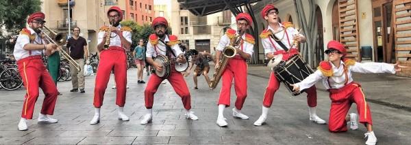 Inesperats – Cia La Banda Forània